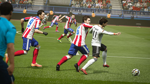 Football et jeux vidéo   des mondes parallèles qui se rejoignent ... 5b2062cf06d3
